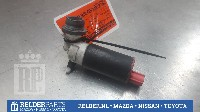 Toyota Corolla Verso (R10/11) MPV 2.2 D-4D 16V (2AD-FTV) WINDSHIELD WASHER PUMP REAR 2006